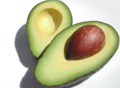 Aвокадо по калорийности не уступает мясу и куриному яйцу