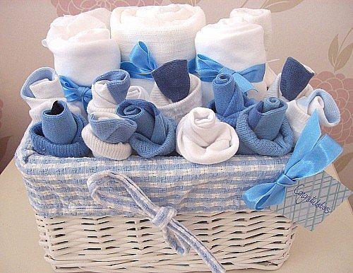 Оригинальная упаковка подарка новорожденному 40