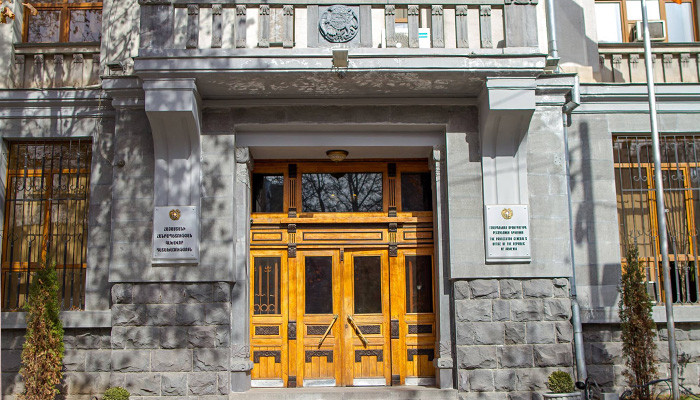 Ոստիկանությանը հանձնարարվել է նյութեր նախապատրաստել Փաշինյանի գլխավորած հավաքի մի խումբ մասնակիցների՝ Հանրային ռադիոյի շենք և ԵՊՀ ներխուժելու առթիվ