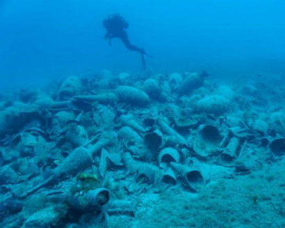 Significant finds from underwater excavation at Delos
