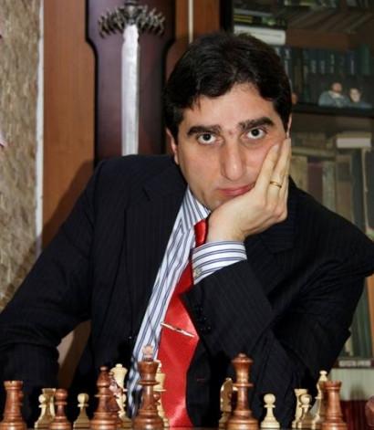 Արոնյանի մարզիչ Նադանյանին շնորհվել է ՖԻԴԵ-ի ավագ մարզչի կոչ....