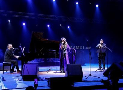 Սիրուշոն, Սեբուն և Ջիվան Գասպարյան կրտսերը՝ մեկ բեմում