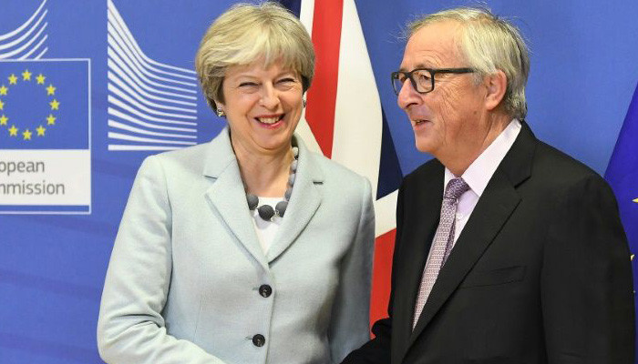 Britain, EU in historic deal to open Brexit trade talks