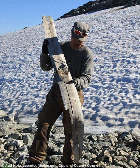 Սառույցը հալվել ու երևան է հանել հազարավոր հնամյա արտեֆակտներ