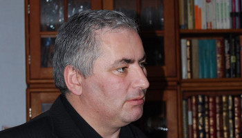 """""""The Voskepar-Kirants bypass section was extended from 4 km to 11km to embezzle Kirk Kerkorian's money''. Voskan Sargsyan"""