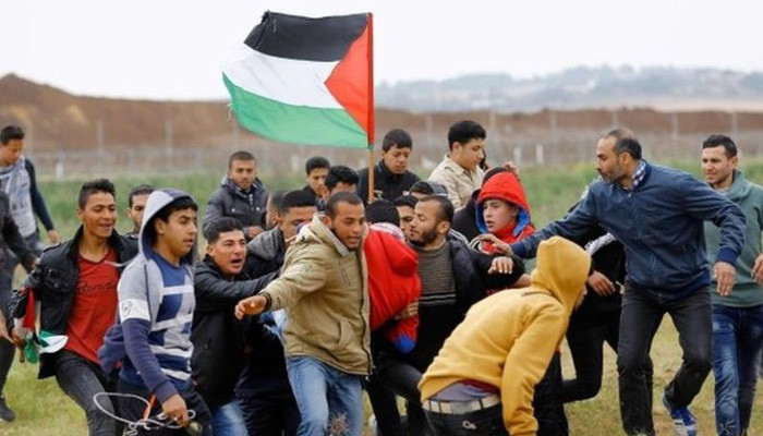 Gaza-Israel border: Clashes 'leave five Palestinians dead and hundreds injured'