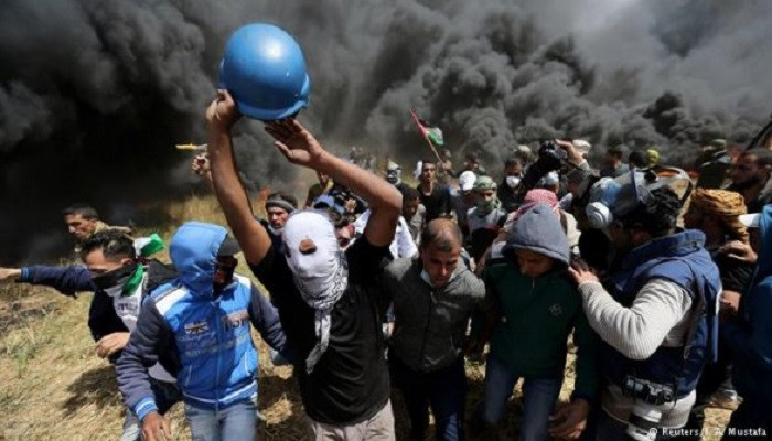 Israeli Troops Kill Seven Palestinians on Day of Heightened Gaza Border Protests: Medics