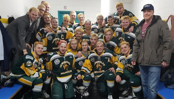 Crash of hockey team's bus leaves at least 14 dead