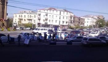 Մանկավարժականի, Բժշկականի, ԵՊՀ-ի ուսանողները միացել են բողոքի ակցիային և դասադուլ են հայտարարել. ուղիղ