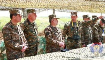 Karabağ'da Ermenistan askerlerinin de katılımıyla tatbikatlar yapılıyor