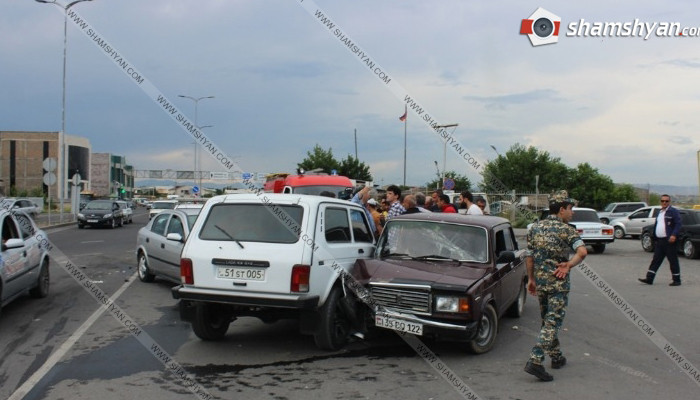 Խոշոր ավտովթար Նորագավիթի «գայի պոստի» մոտ. բախվել են 30-ամյա վարորդի Нива-ն, 58-ամյա վարորդի Opel-ն ու 28-ամյա վարորդի «07»-ը. կան վիրավորներ