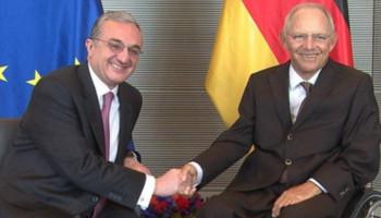 Զոհրաբ Մնացականյանի հանդիպումը Գերմանիայի Բունդեսթագի նախագահ Վոլֆգանգ Շոյբլեի հետ