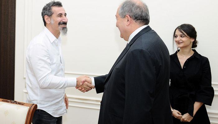 Արմեն Սարգսյանն ընդունել է Սերժ Թանկյանին