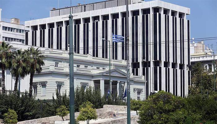 СМИ: Греция высылает российских дипломатов за вмешательство в дела страны