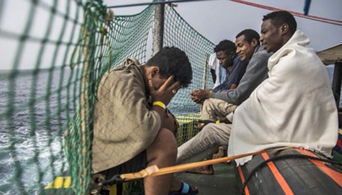 Прибывающие в Италию мигранты часто становятся жертвами работорговцев. президент Италии