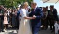 Путин станцевал с главой МИД Австрии на ее свадьбе