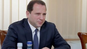 ՀՀ պաշտպանության նախարարը մեկնել է Մոսկվա