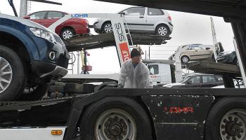 Импортным машинам упрощают въезд