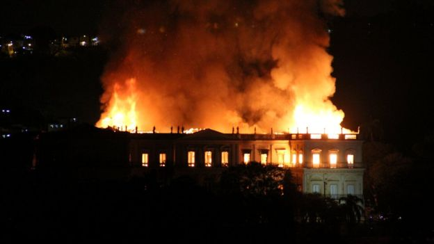 Brazil museum fire: 'incalculable' loss as 200-year-old Rio institution gutted