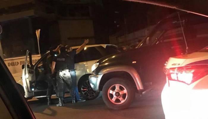 Քիչ առաջ ոստիկանները գործողություն են իրականացրել Պռոշյան փողոցում