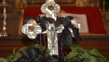 Այսօր Հայ Առաքելական Եկեղեցին տոնում է հինգ տաղավար տոներից վերջինը՝ Խաչվերացը
