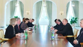 Болтон: Для нас важно урегулирование конфликта в Карабахе