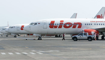 Indonesia says Lion Air passenger flight from Jakarta to Sumatra has crashed