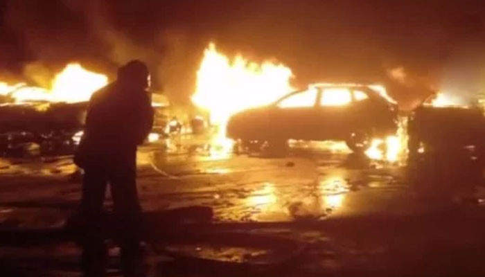 Several hundred Maserati burned in a fire in the port of Italy
