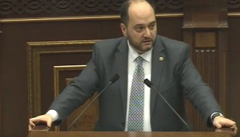 Араик Арутюнян: В ближайшее время вы увидите, сколько миллиардов драмов было потрачено на программы, вытекающие из интересов некоторых людей