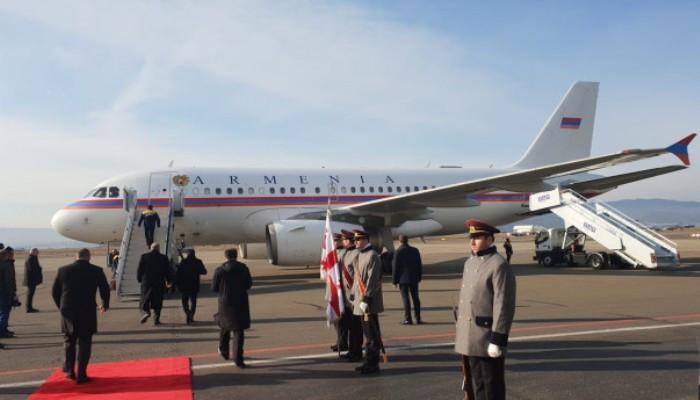 ՀՀ նախագահը ժամանել է Վրաստան՝ մասնակցելու Սալոմե Զուրաբիշվիլիի երդմնակալության արարողությանը