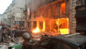 Massive explosion rocks Paris bakery