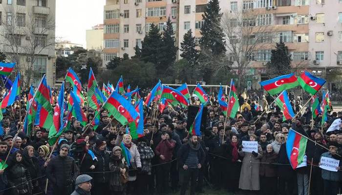 Власти запретили митинг оппозиции в Баку