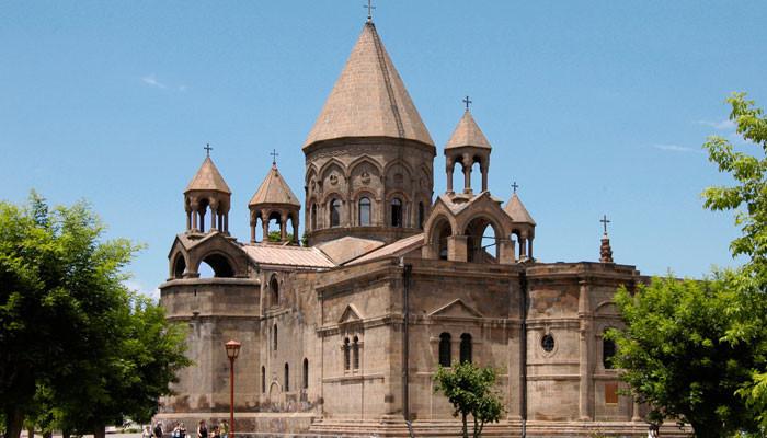 Французский телеканал «France 24» показал фильм «Пути веры» об армянских церквях