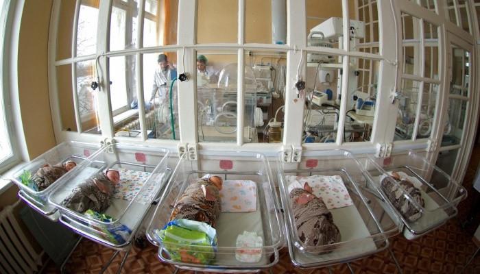 Не было времени. Жительница Хабаровска родила на полу роддома без помощи врачей