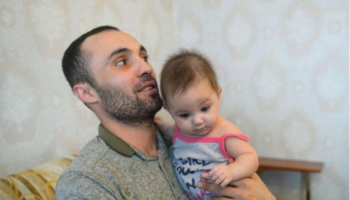 Армянина, спасшего трех детей в России, обвиняют в избиении соседа