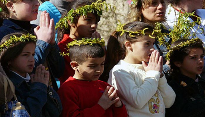 Այսօր Ծաղկազարդ է, նաև՝ մանուկների օրհնության օր