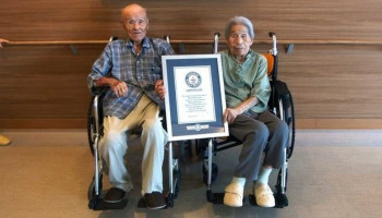 He died spouse of the world's oldest couple