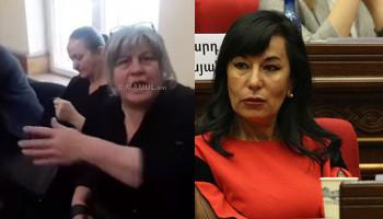 Матери погибших в мирных условиях солдат в черной одежде: Кто она такая, чтобы так с нами разговаривать?