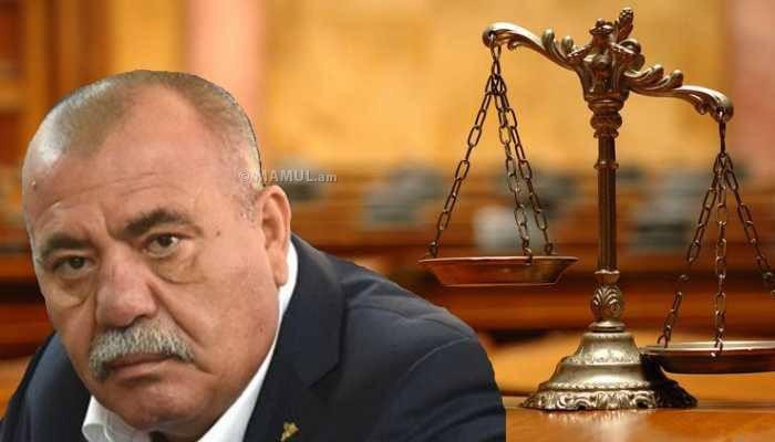 Манвел Григорян останется под арестом. Суд отклонил ходатайство адвокатов