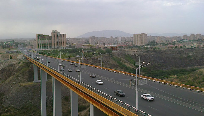 Դավթաշենի կամրջից երկու քաղաքացու ինքնասպանության փորձը կանխվել է