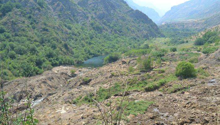 Ահազանգ՝ Հալիձորում սողանքի արդյունքում ձևավորվել է ջրամբար, որը փլուզման ռիսկ ունի