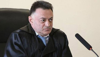 В кабинете судьи по делу Роберта Кочаряна проведен обыск