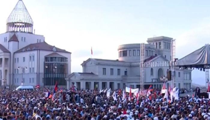 Nikol Paşinyan Karabağ'da halka seslendi: Artsakh Ermenistan'dır ve nokta