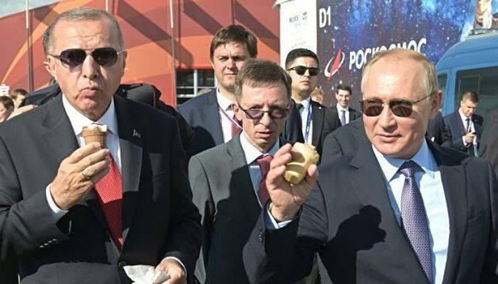 Эрдоган по телефону рассказал Зеленскому об итогах визита в Россию