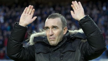 Fernando Ricksen: Ex-Rangers captain dies at age of 43