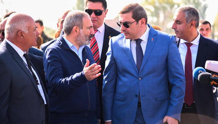 Никол Пашинян посетил строящуюся таможню в Гюмри