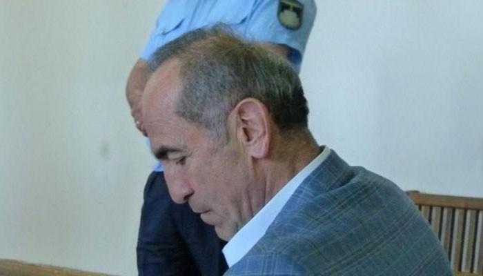Դատարանը հրապարակում է Ռոբերտ Քոչարյանին գրավով ազատելու միջնորդության վերաբերյալ որոշումը