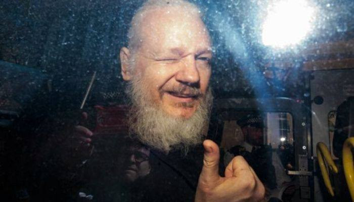 Врачи предупредили МВД Британии, что Ассанж может умереть в тюрьме
