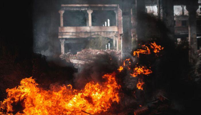 Не менее 43 человек погибли при пожаре на фабрике в Индии