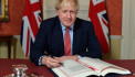 #Brexit: Boris Johnson signs withdrawal agreement in Downing Street
